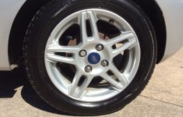 Ford Fiesta 1.25 Zetec 3dr wheel