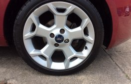 Ford Ka 1.2 Tattoo Premium 3dr wheel